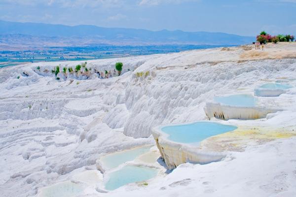 10 อันดับสถานที่มหัศจรรย์ในโลก