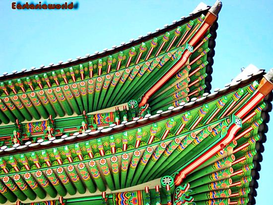 Under Korean traditional roof หลังคาเกาหลี