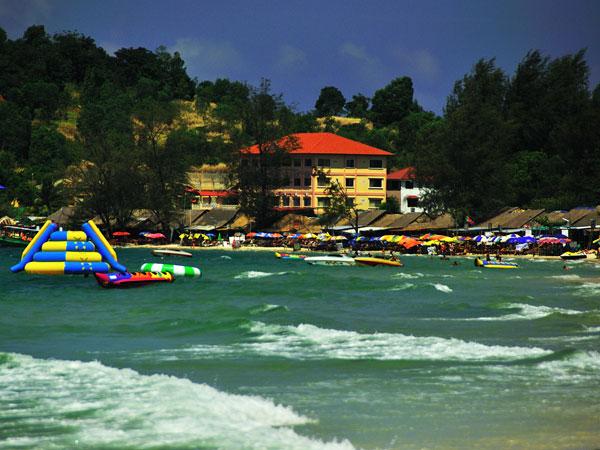 Sihanouk_Ville_Ochheu_Teal_Beach01