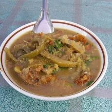 ขนมจีนน้ำยาพม่า (Mo Hin Ga)