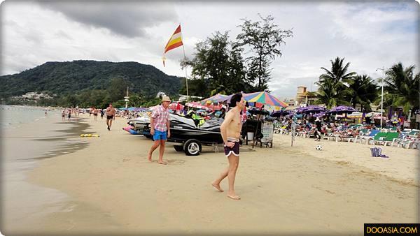 patong-beach-phuket (16)