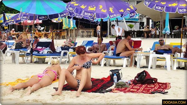 patong-beach-phuket (17)