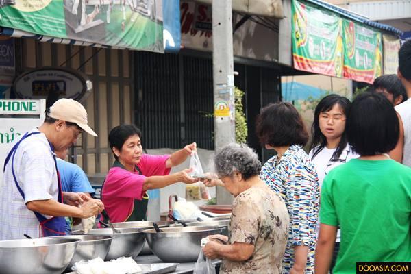 morning-market-uthaitani (35)