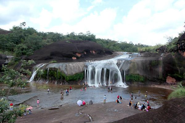 phutampha-waterfall (2)