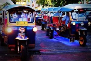 4 A touch of Thai Vehiles รถตุ๊กตุ๊ก (1)